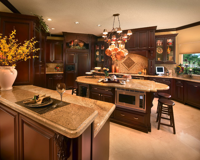 Fort Lauderdale Gated Community Traditional Kitchen Miami By Perla Li