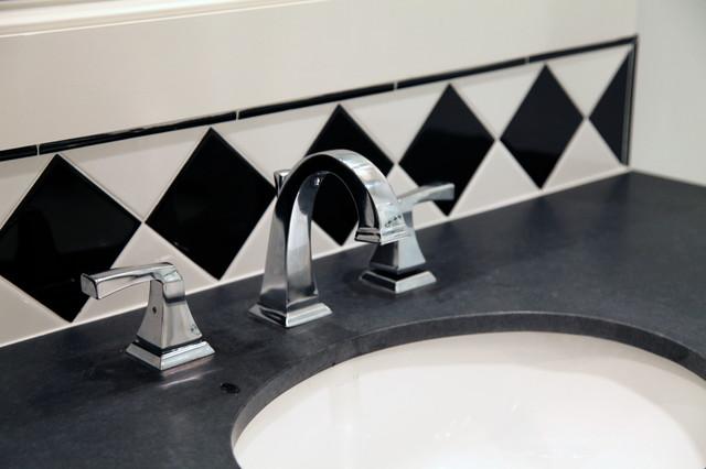 Thomas Place Bathroom Sink traditional