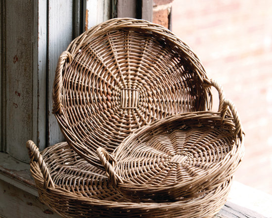 Round Willow Trays - Durable but light weight willow woven into handy, handled trays for serving or displaying. Set of three graduated sizes means they'll nest together for storage when not in use. A home and garden collection selected that bring happy memories of childhood past. Whether you are looking for period charm, a style of elegant restraint or just want to infuse a spirit of playfulness, you'll find it here.