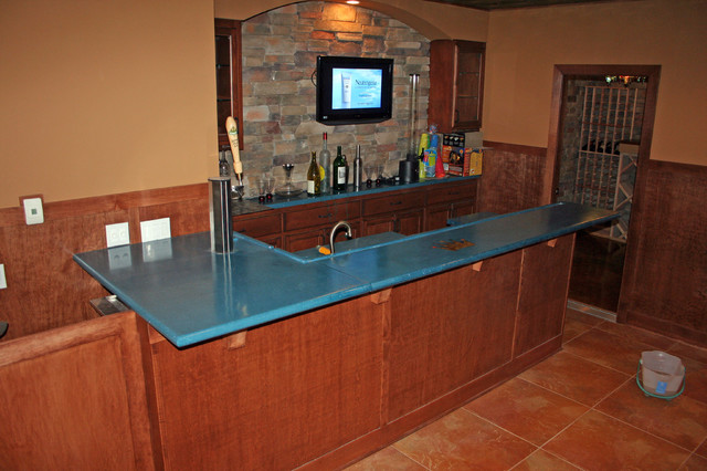 Concrete Bar Tops indoor-pub-and-bistro-tables