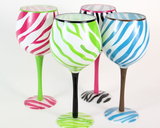 Hand Painted Zebra Fun Wine Glasses, Set of 4, Holds 18 Oz - Hand Painted Wine Glass is perfect for your wine party, girls night, festive gathering and when you are enjoying a glass of wine at home.