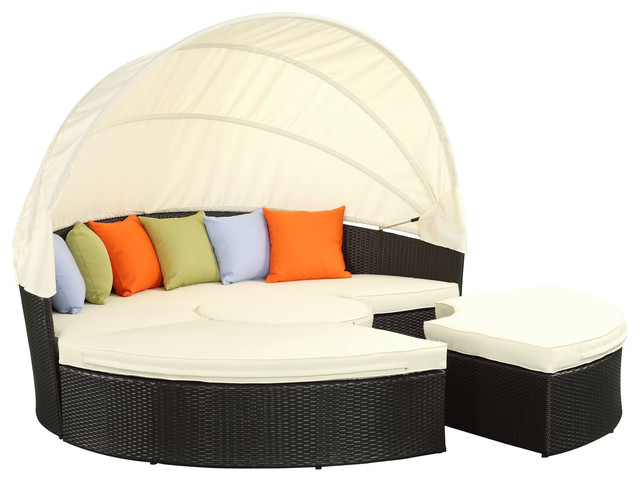 Quest canopy outdoor patio daybed in espresso white for Chaise lounge canopy