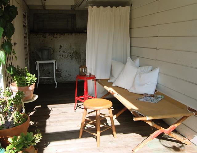 patio eclectic-exterior