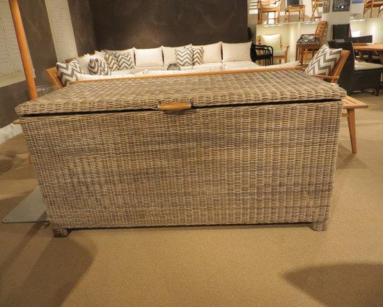Kingsley Bate Sag Harbor Cushion Box -