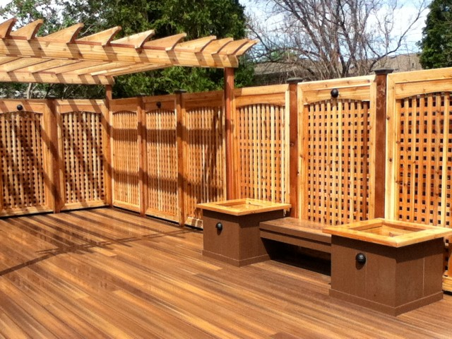 POSITE DECKING PVC DECKING Traditional Patio