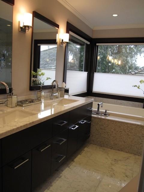 Bathrooms & Laundry Rooms contemporary-bathroom