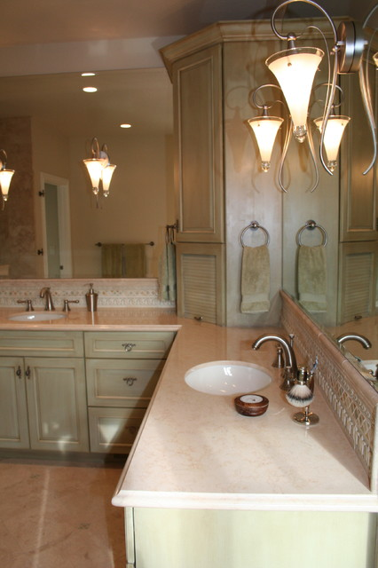 Beekley Master traditional-bathroom