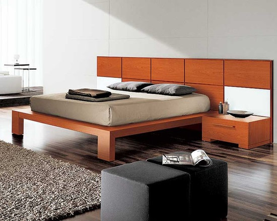 Wynd Platform Bed by Doimo - Influenced by Asian furnishings,the Wynd Platform Bed utilizes everything Italian design and workmanship has to offer. It features ultra clean lines and simplified shapes to add inner peace to any bedroom.