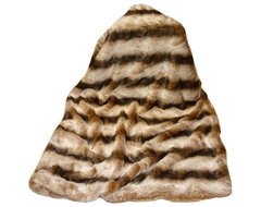 Tourance Lux Throw in Brown Chinchilla traditional-throws
