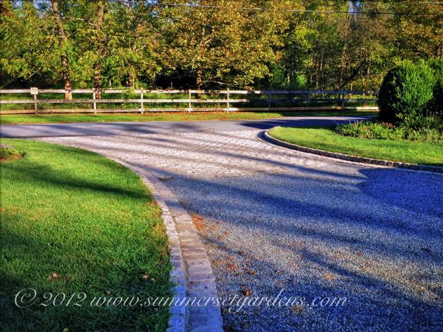 Driveway Design Idea Traditional Landscape New York
