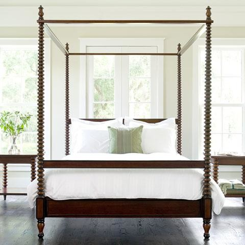 Beacon hill spool canopy bed traditional canopy beds for Traditional four poster beds
