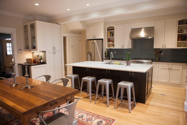 kitchen with island seating and hardwood floors