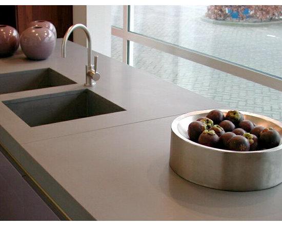 Caesarstone Quartz Counter-tops -
