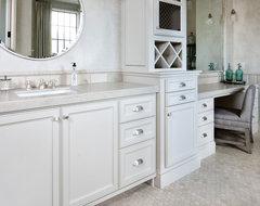 JAUREGUI Architecture traditional-bathroom