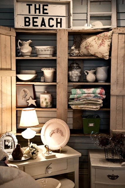 City.Cottage store eclectic