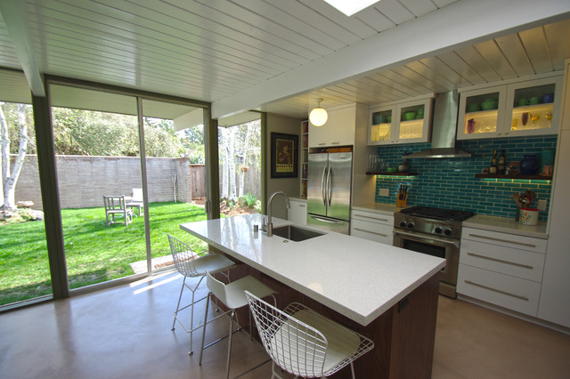 Eichler Kitchen modern-kitchen