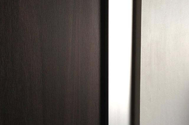 Woodgrains pocket doors modern interior doors los - Modern pocket doors interior ...