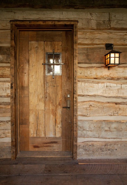Cabin traditional-entry