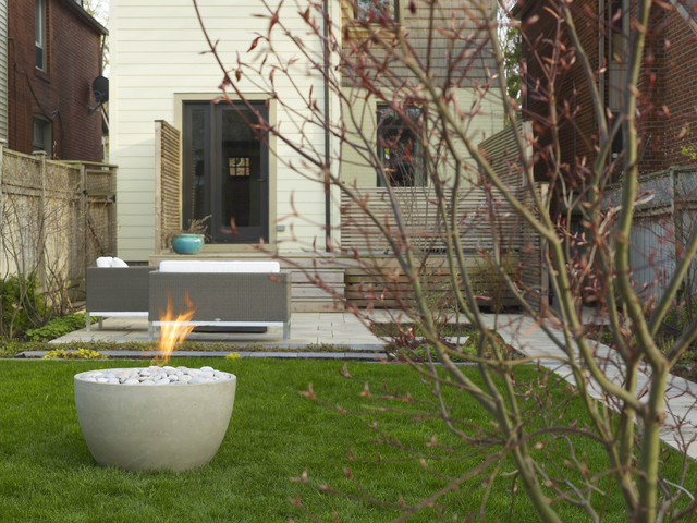 Soba Concrete Firepit by Paloform modern firepits