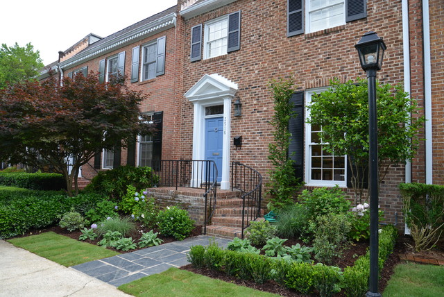 Townhouse after traditional landscape atlanta by for Townhouse landscaping