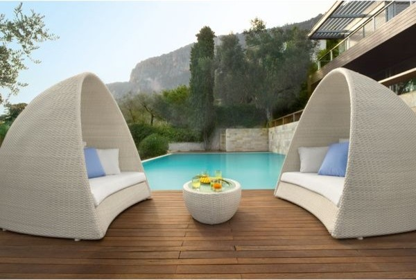 Outdoor Wicker Pod  outdoor sofas