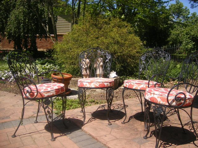 patio furniture and outdoor