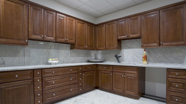 Edmonton Kitchen Cabinets Home Design traditional-kitchen-cabinetry