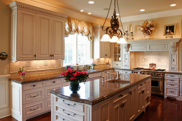 Lake Forest Kitchen Countertops - traditional - kitchen