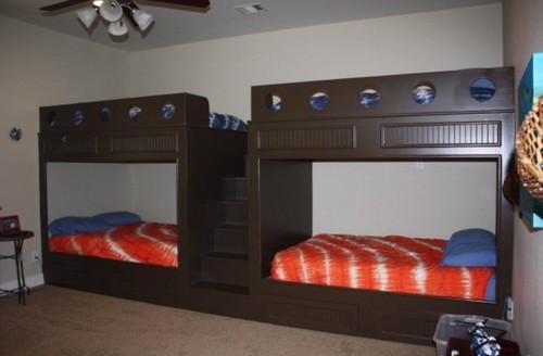 10 year old boy 39 s bunk room. Black Bedroom Furniture Sets. Home Design Ideas