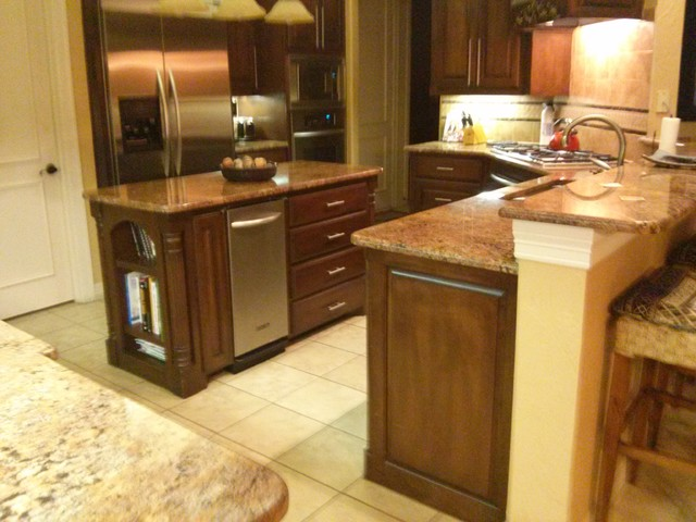 Open Concept Kitchen Island Traditional Dallas By