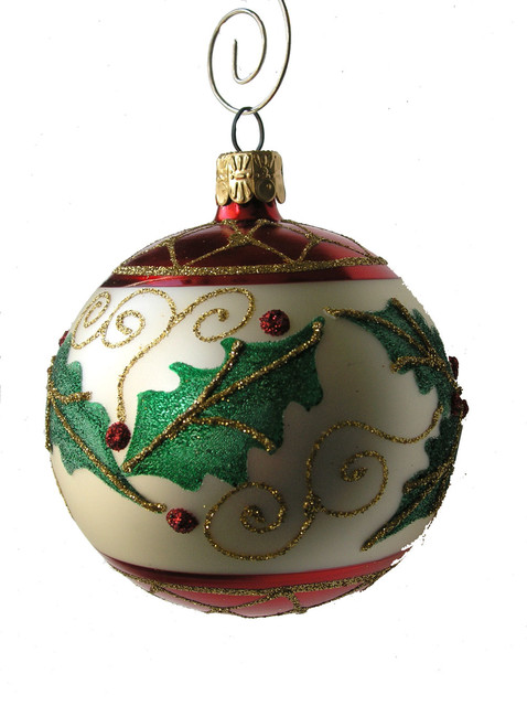 Holly leaf ball oranament single traditional for Home decor ornaments