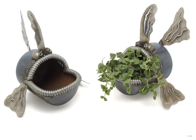 FISH LAWN SCULPTURE eclectic-outdoor-planters