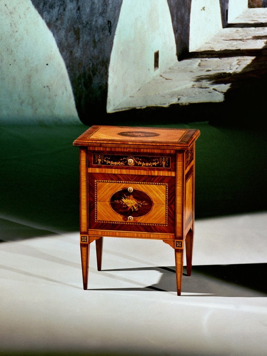 Maggiolini style bedside table Mod. MUSIC - Maggiolini style bedside table Mod. MUSIC in olive, rosewood, maple, bois de rose, root of walnut, coloured woods for the marquetry