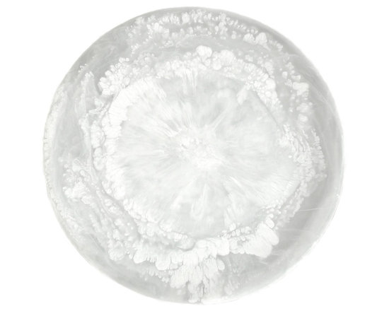 Martha Sturdy - Martha Sturdy resin round platter in white marble - With an international reputation in art, sculpture and design, Martha Sturdy is known for her distinctive style that is sophisticated, minimal and bold. Martha creates oversized statements in resin, steel and brass. Made in Canada, her work represents three decades of artistic evolution.