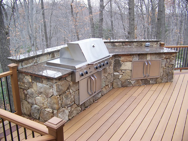 Built-in Grill on Deck