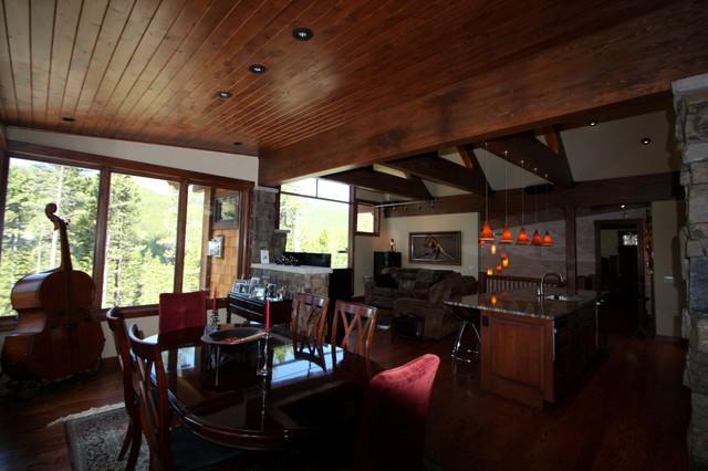 5 Bonanza Trail traditional-dining-room