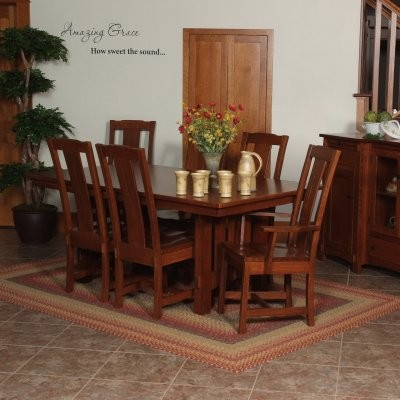 Goshen Amish Dining Arm Chair traditional-dining-sets