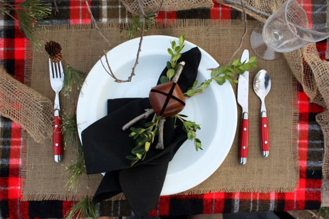 Winter Tablescape traditional