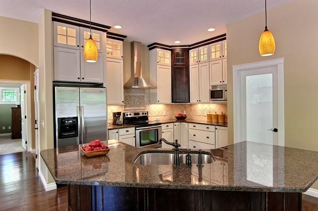 Interior photos traditional-kitchen