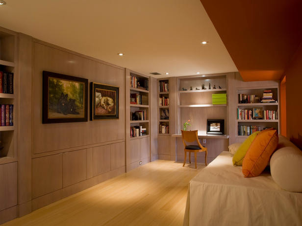 Built-ins modern-display-and-wall-shelves