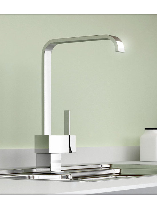 Single Lever Chrome Kitchen Faucet - Features: