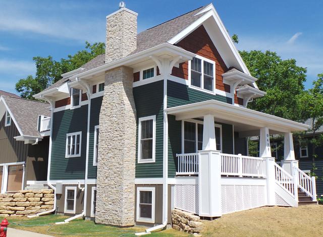 Northwest Craftsman Style Home Exterior