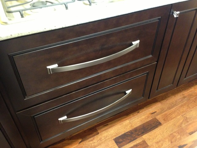 Kitchen bath contemporary cabinet and drawer for Cheap kitchen cabinets st louis