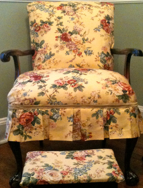 Upholstered Chairs and Sofas traditional-armchairs-and-accent-chairs
