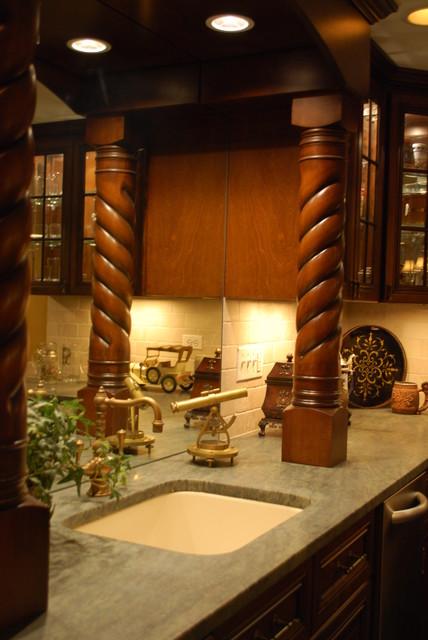 Custom Bar traditional-basement