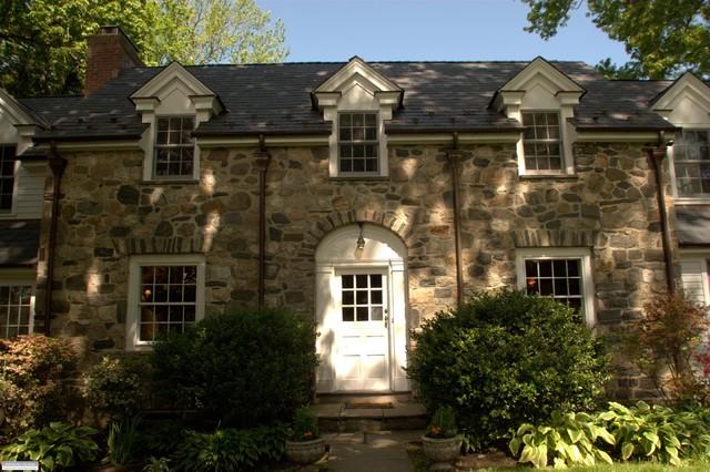 Riverside Colonial Addition Bridgeport By John Jones