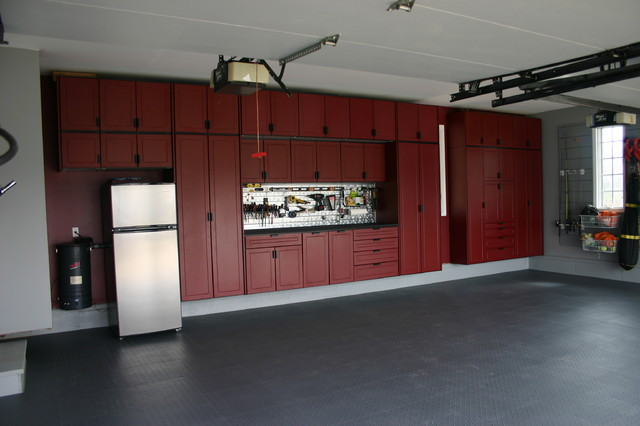 Garage cabinets chicago by pro storage systems for Garage furniture ideas