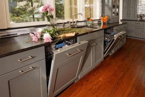 Gray painted cabinets by greenfield cabinetry chicago for Kitchen cabinets 60631