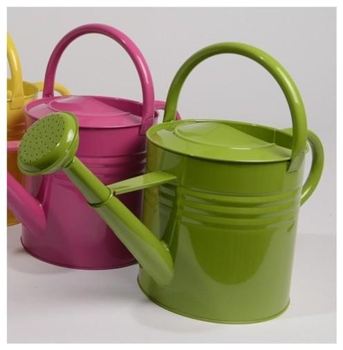 L'Eau de Fleur Green Outdoor Garden Patio Watering Can contemporary-watering-cans
