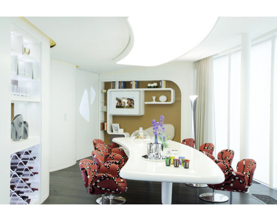 Artifort Little Tulip Chairs in St. Petersburg Penthouse - photo by Martin Mai